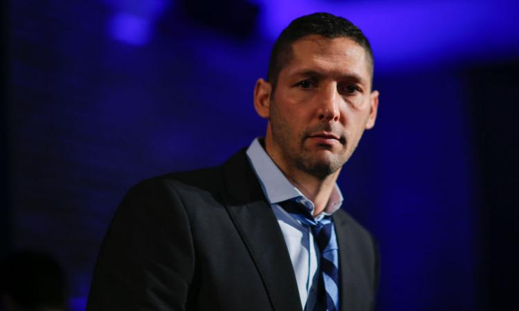 Materazzi in tackle, che missile all'Inter!