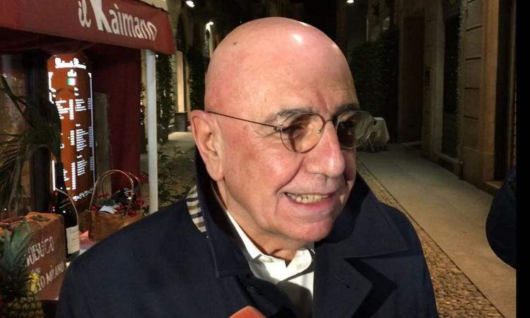 Donnarumma bacia, Galliani spera: