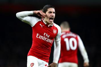 Bellerin Arsenal esulta