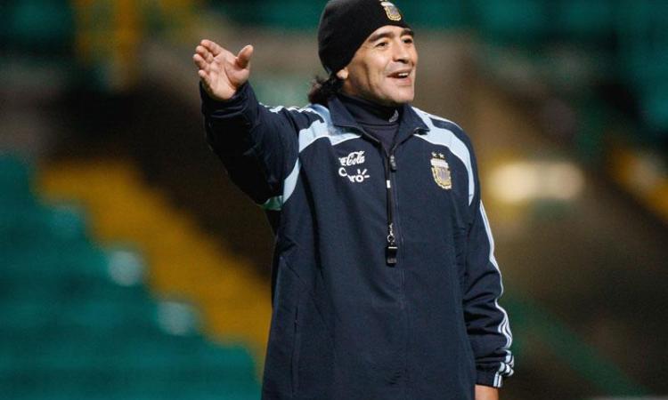 Argentina, Maradona shock su Instagram: 'Basta incapaci, torno io in panchina!' FOTO