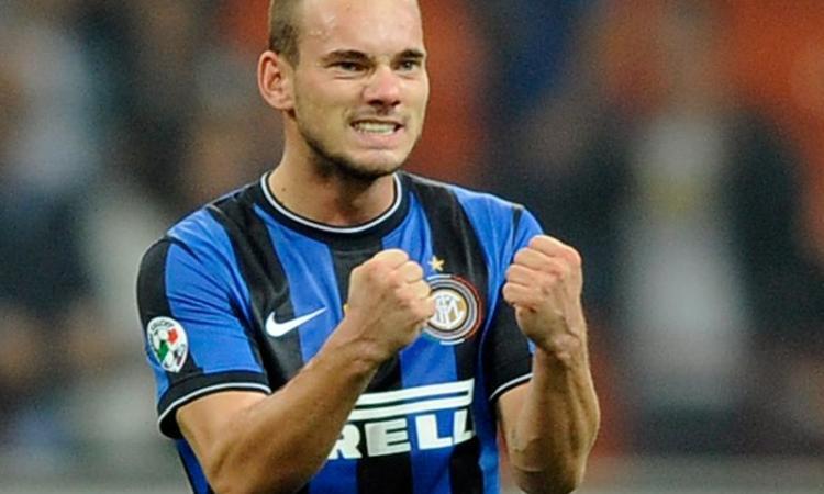 Dietrofront Sneijder: 'Resto all'Inter'
