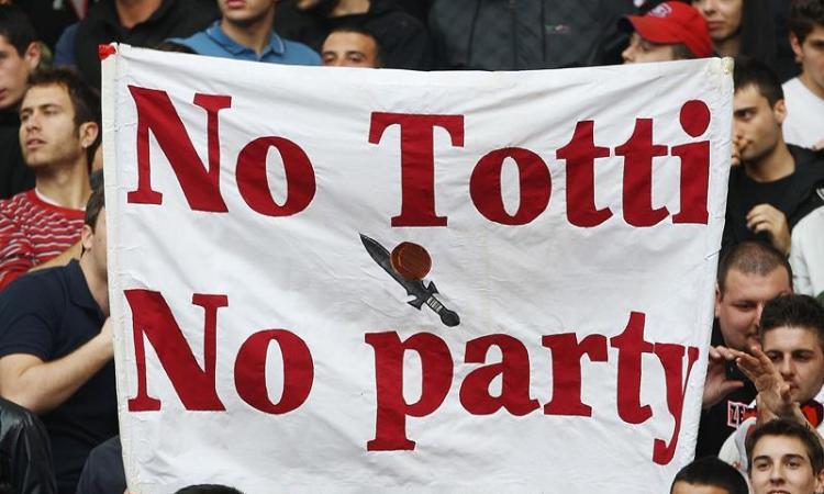 La Roma vince, festa in piazza a Londra