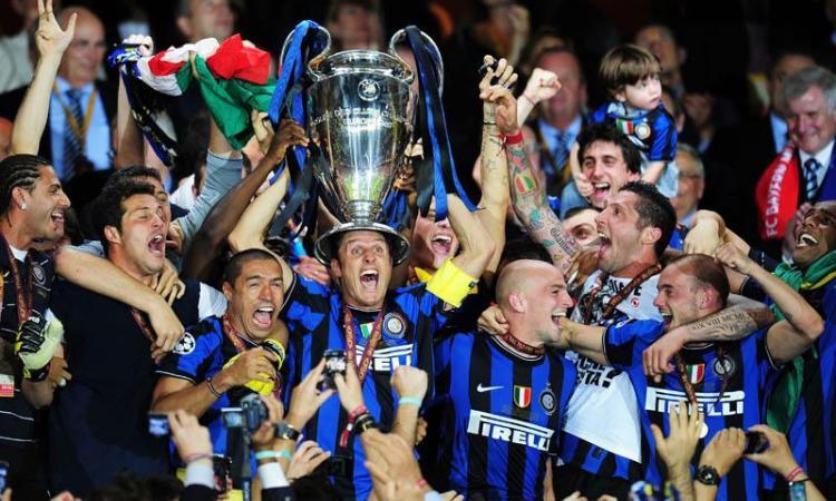 Inter: Festa fino all'alba senza Mourinho