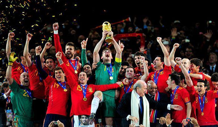 CALCIO ALLA TV. Mondiali, Sky batte Mediaset sui diritti tv