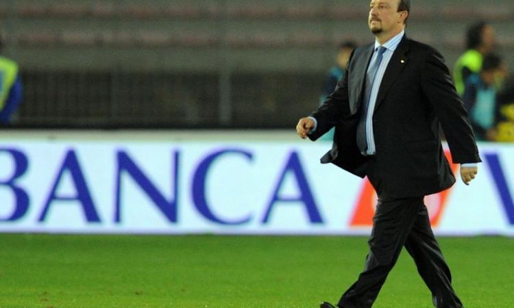 Napoli, Benitez: passeggiata a Posillipo scortato dai tifosi