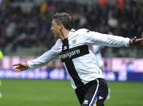 La pazienza di Ancelotti, l'eredità di Ronaldo e uomo del secolo per Parma: la storia a ritmo di gol di Crespo