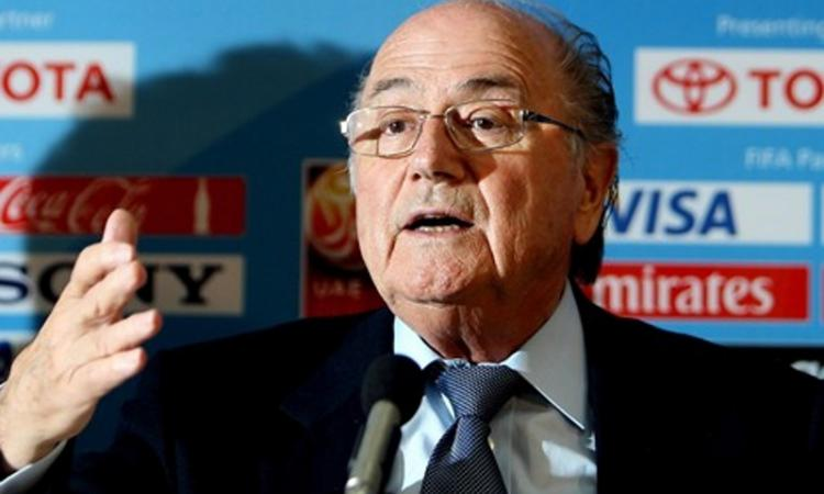 Se ne è accorto pure Blatter: d'estate in Qatar fa caldo. Mondiali 2022 a rischio