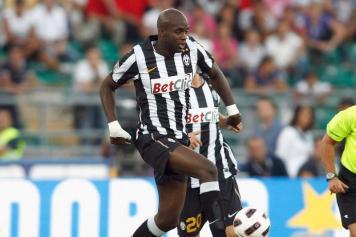 Il centrocampista della Juventus Sissoko in azione