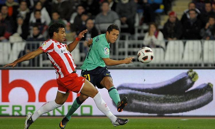Barcellona, UFFICIALE: Adriano rinnova, niente Roma e Juve
