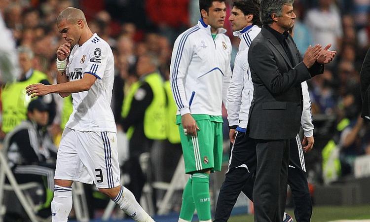 Lite con Vilanova, Mourinho squalificato due giornate