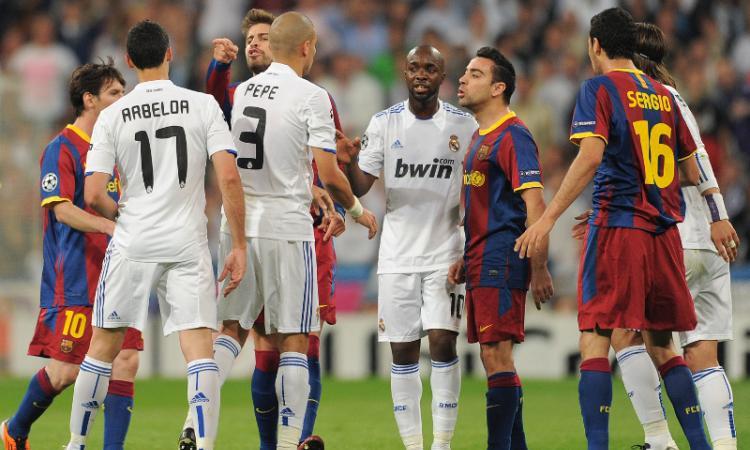 Real Madrid-Barcellona: furti e 'guerra' di tweet