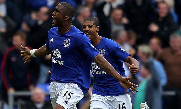 Everton, Distin: 'Ritiro? Ho ancora voglia di giocare'