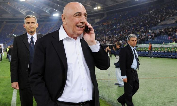 Galliani negli uffici del Real Madrid con Perez: Carvalho, Raul Albiol e... Kakà!