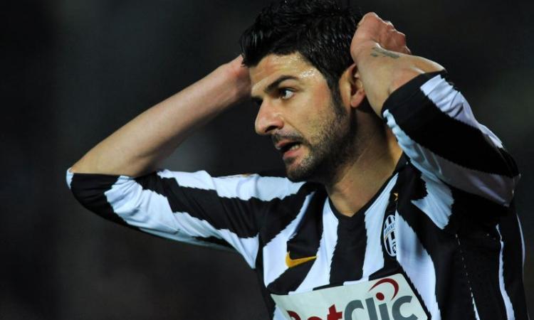 Juventus-Iaquinta, addio e ritiro? Il padre: 'E' stato trattato male'