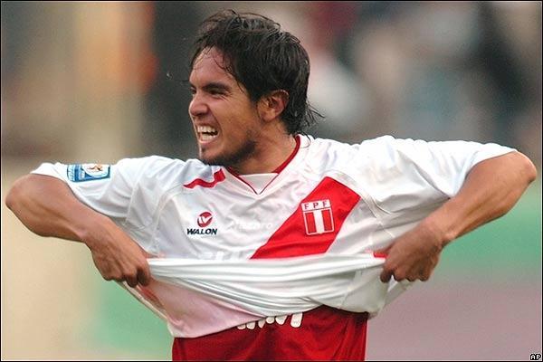 Fiorentina: offerto il rinnovo del contratto a Vargas