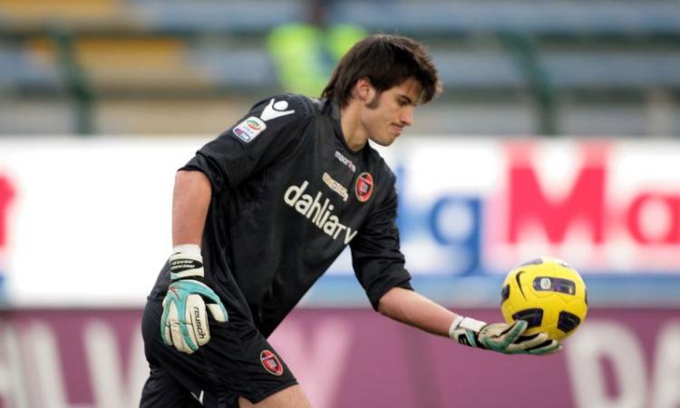 Fiorentina-Cagliari: sarà anche Neto vs Agazzi