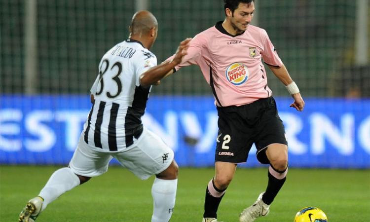 Mercato Palermo:| Difesa, Mantovani a Bologna
