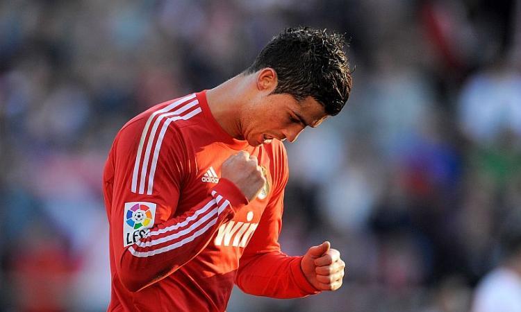 Liga: Ronaldo di tacco, magico Messi