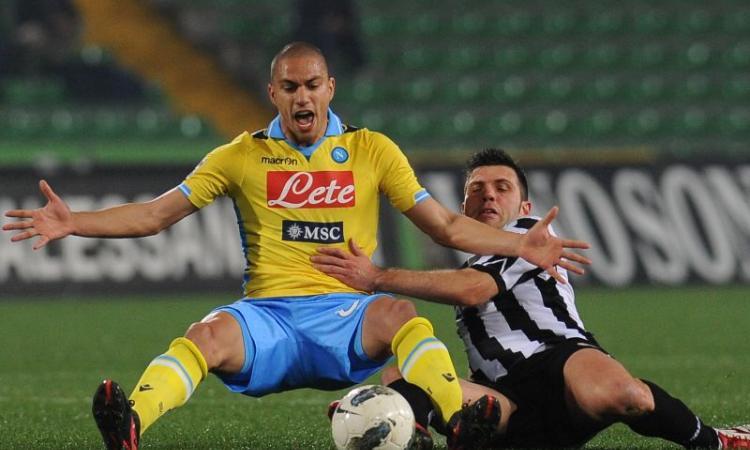 Napoli, Inler:| Regala decine di biglietti ai tifosi