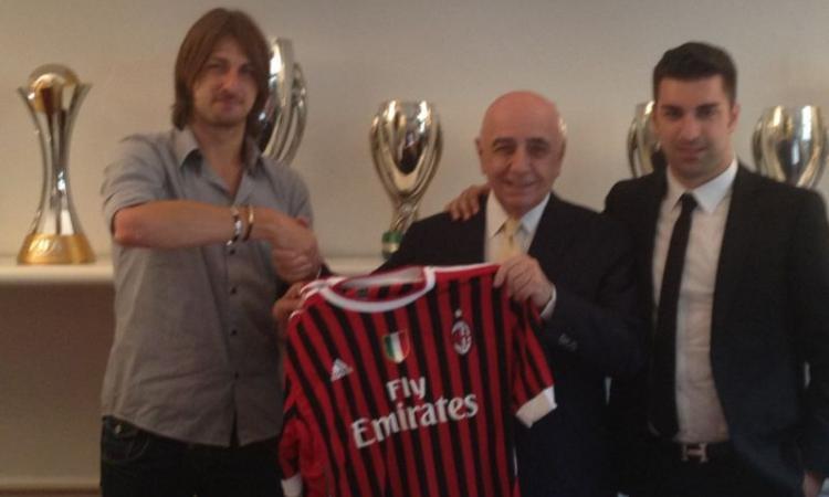 UFFICIALE: Acerbi e Constant al Milan VIDEO