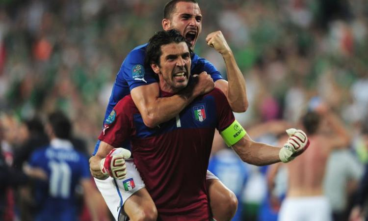 Jacobelli: brava Italia, grazie Gilardino. Buffon umilia i detrattori. Prandelli e Palermo spengono i fischi inno bulgaro