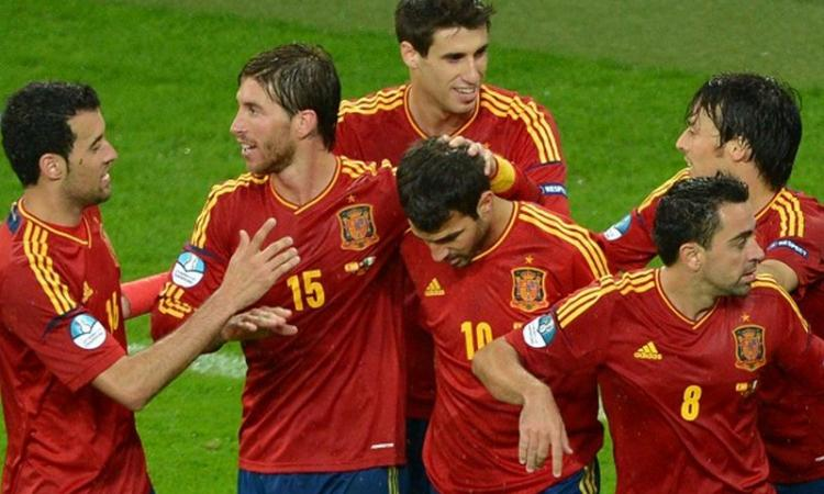 Spagna imbattibile? Forse, ma che noia il tiqui-taca senza Messi!