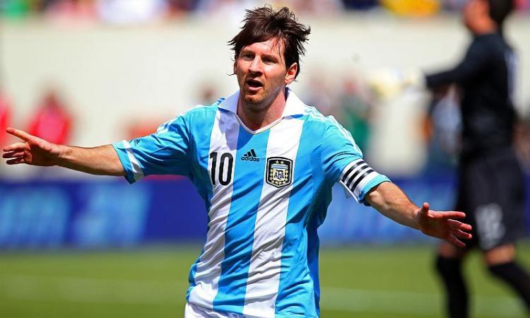 Argentina-Brasile 4-3: triplo Messi