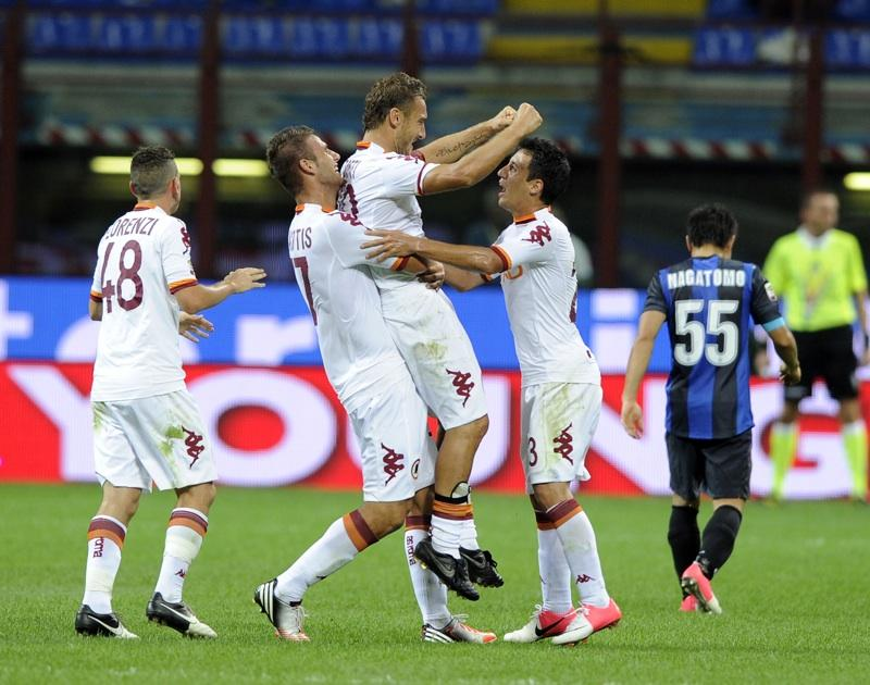 Totti fa meraviglie e Prandelli apre alla sua convocazione in Nazionale: voi lo portereste ai Mondiali?