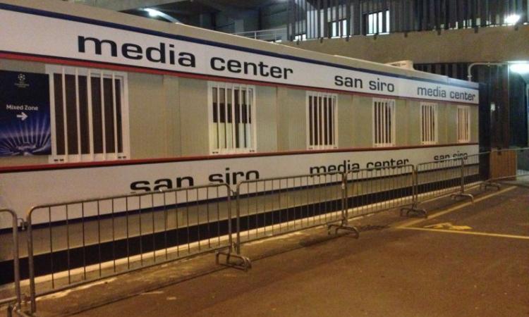 Milano, la sala stampa è un container: ma quale finale di Champions! FOTO