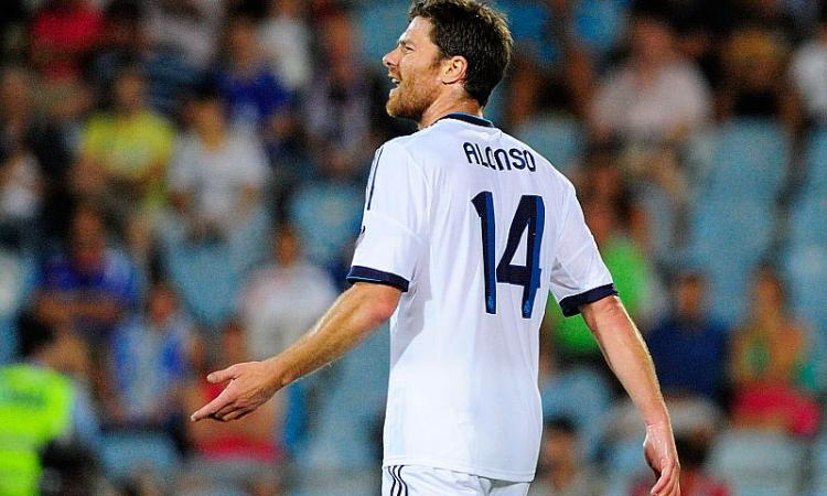 Juve-Xabi Alonso, piano da 9 milioni