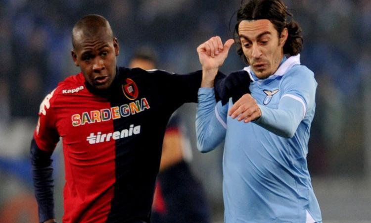 Cagliari, Ibarbo: |Il Bologna va in pressing