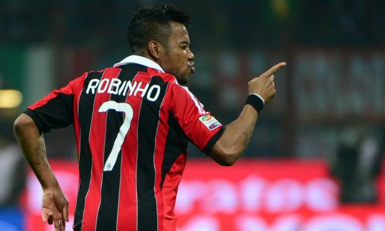Milan: i tifosi si 'consolano' con il record di Robinho