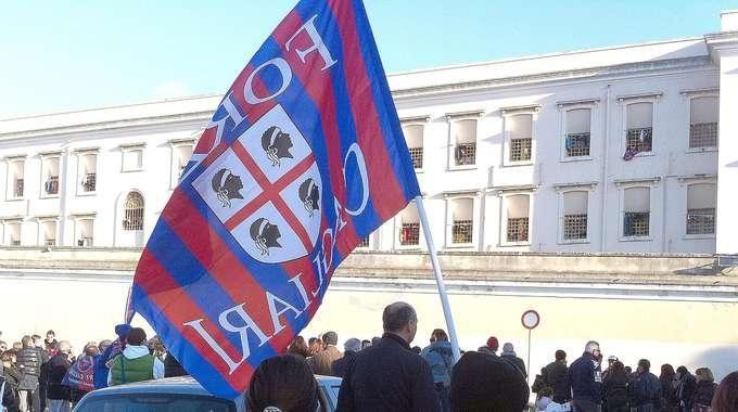 Cagliari... dopo 50 anni dovrebbe arrivare lo scudetto!
