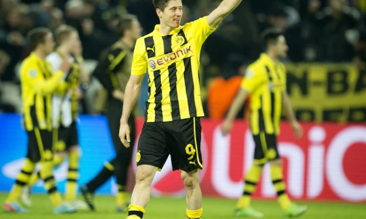 Chelsea: Mourinho vuole un attaccante, Lewandowski in pole