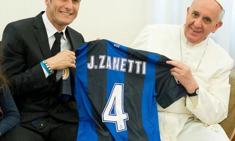 Zanetti fa 45 anni, gli auguri di Inter e Uefa