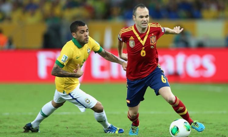 Barcellona: offerto a Dani Alves il rinnovo
