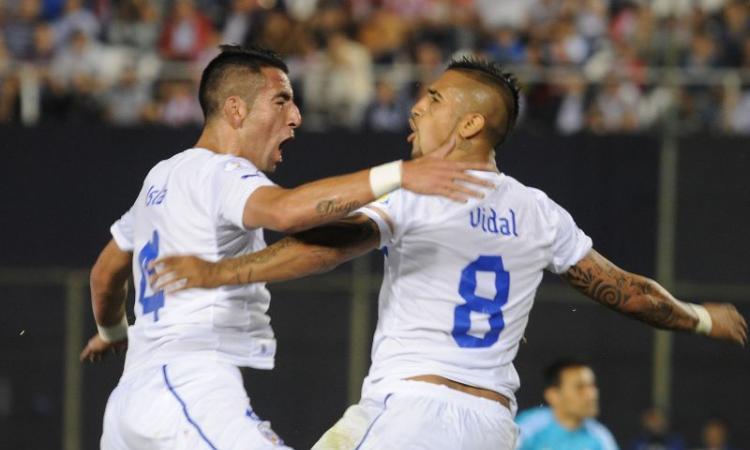 Qualificazioni Mondiali: Edu Vargas, Vidal e Suarez lanciano Cile e Uruguay