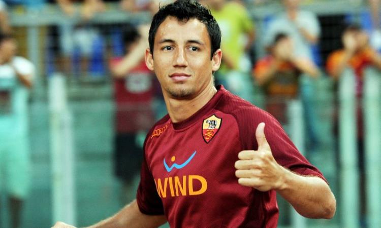 Sporting Lisbona: UFFICIALE arriva l'ex Roma Piris