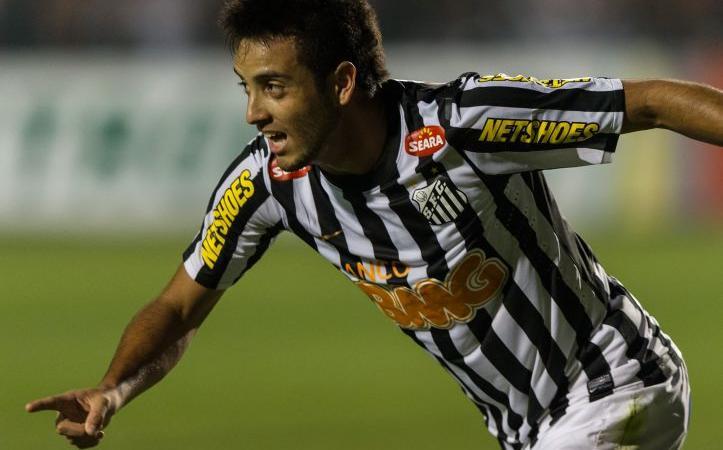 Lazio: Felipe Anderson corre verso il Chievo