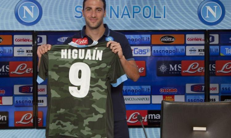 Napoli scalda Higuain: stadio pieno col Borussia Dortmund