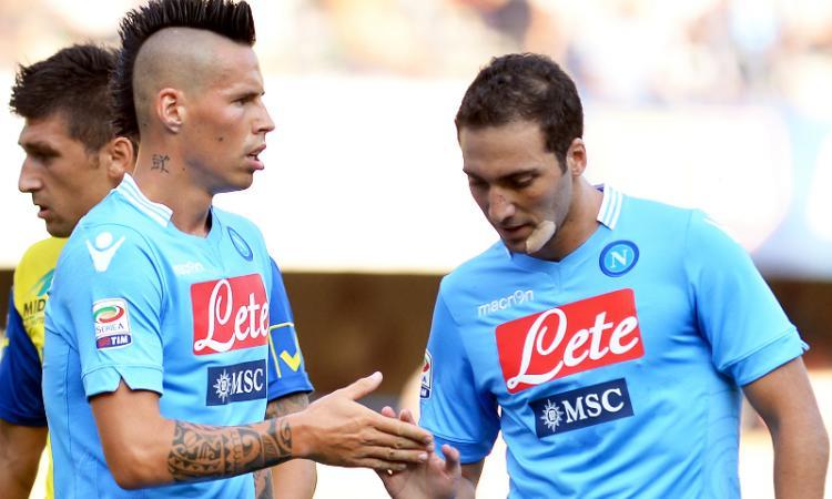 Juve-Napoli: meglio Vidal e Tevez o Hamsik e Higuain?