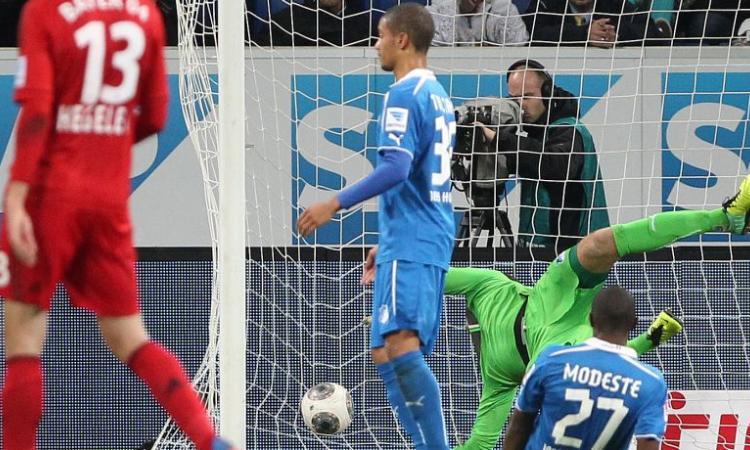 Bayer Leverkusen: Kiessling rinnova