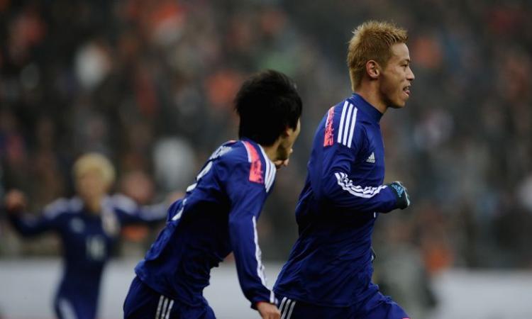 Nagatomo e Honda le facce deluse di Inter e Milan