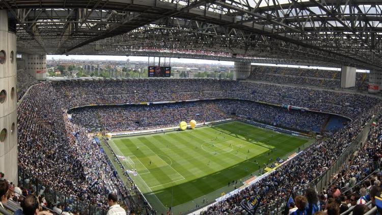 Champions League, San Siro ridotto per l'Atalanta: chiuse le curve di Milan e Inter