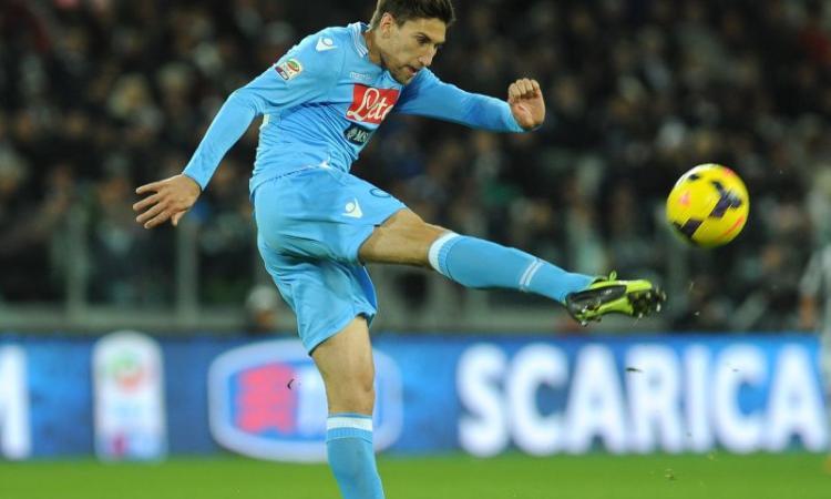Napoli, visite mediche per un difensore allo Swansea