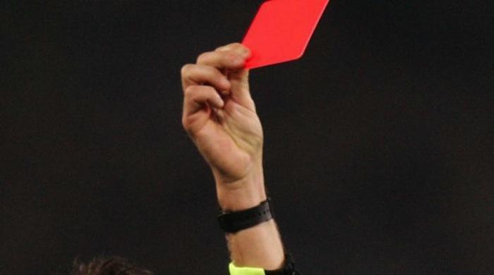 Figc, UFFICIALE: pene più severe per le aggressioni agli arbitri. Squalifica minima di 2 anni