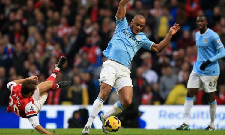 Manchester City, UFFICIALE: altri 5 anni con Kompany VIDEO