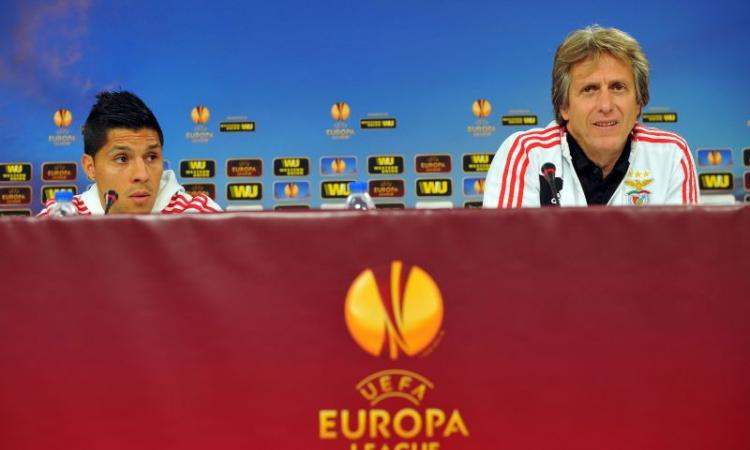 Benfica: un centrocampista allontana l'addio