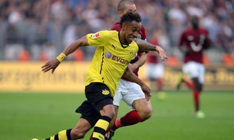 Borussia Dortmund: Aubameyang resta