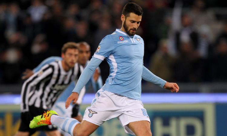 Napoli: De Laurentiis fa un regalo da 25 milioni a Benitez?
